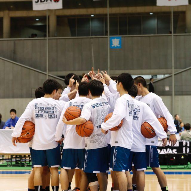 男子1回戦 実践学園(開催地) 63-70 近畿大学附属(大阪)