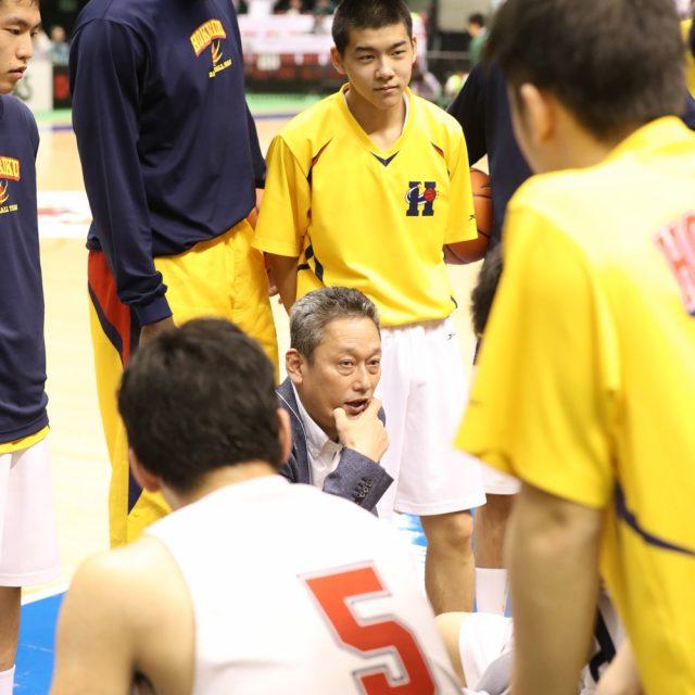 男子準々決勝 北陸(福井) ● 84-93 ○ 東山(京都)