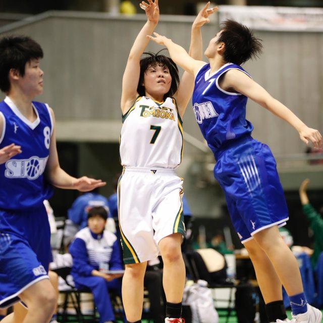女子1回戦 県立富岡東(徳島) 52-72 昭和学院(千葉)