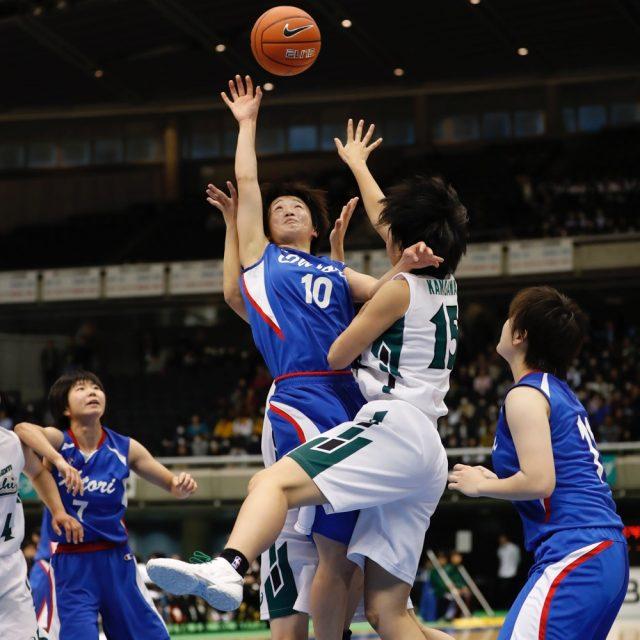 女子2回戦 県立旭(神奈川) 57-44 鵬学園(石川)