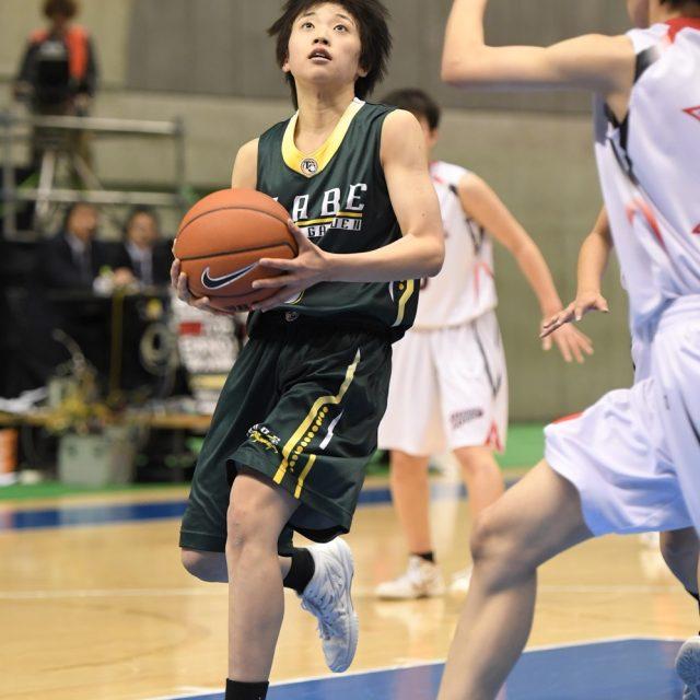 女子2回戦 作新学院(栃木) 47-72 県立いなべ総合学園(三重)